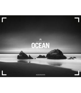 Nástěnný kalendář Oceán / Ocean 2017