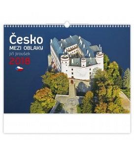 Nástěnný kalendář Česko mezi oblaky 2018
