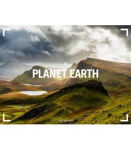 Nástěnný kalendář Planeta Země / Planet Earth 2018