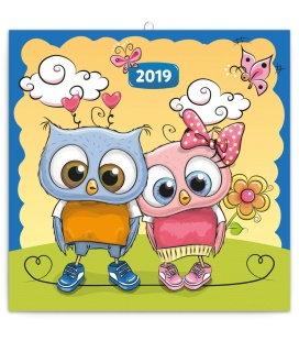 Nástěnný kalendář Chytrá soví rodinka 2019