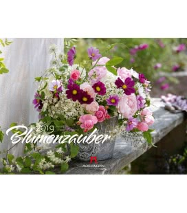 Nástěnný kalendář Kouzlo květin / Blumenzauber 2019