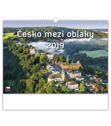 Wall calendar Česko mezi oblaky 2019