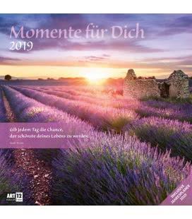 Nástěnný kalendář Okamžiky / Momente für Dich 2019