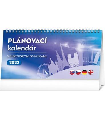 Table calendar with European holidays 2022